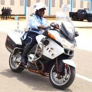 5 premières femmes motards de la Police ivoirienne