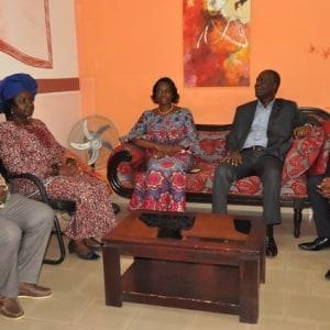 Le ministre Maurice Bandaman offre 500 livres au Lycée Gadié Pierre 1 de Yopougon