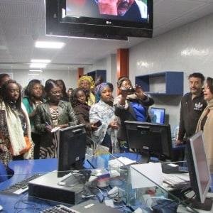 Les Femmes journalistes panafricaines visitent la radio et la télévision 2M du Maroc