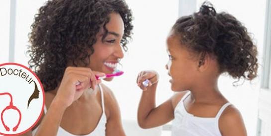 Devrais-je brosser les dents de mon fils?