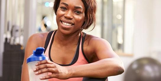 Mettre de l`anti-transpirant avant le sport est une mauvaise idée
