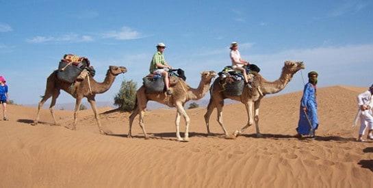 Mauritanie: les touristes reviennent dans le Sahara, et l`espoir aussi