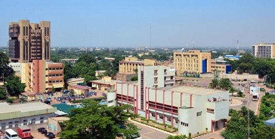 L`humour, la gentillesse mais aussi la dignité de la population rendront votre voyage à Ouagadougou inoubliable