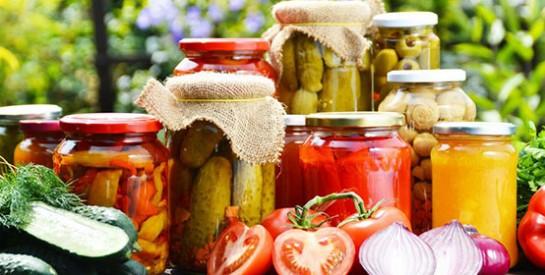 Les boîtes de conserve pourraient être liées à des troubles digestifs