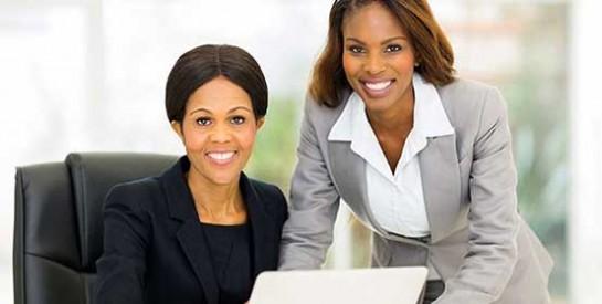 L`amitié entre boss et salarié est-elle une bonne chose?