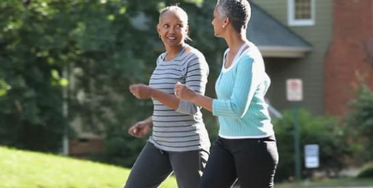 Comment faire pour réduire la glycémie grâce à la marche à pied ?