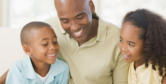 Avoir son papa près de soi, un véritable bénéfice pour les enfants