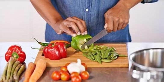 Arrêtez de saigner rapidement avec ces ingrédients de cuisine