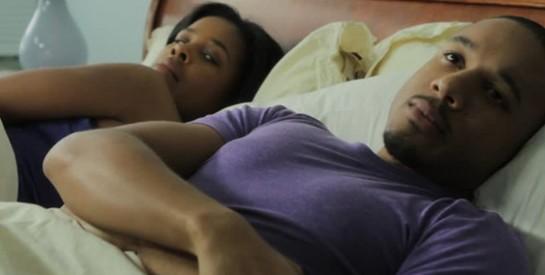 Complexes physiques et sexe: surmonter ses blocages au lit