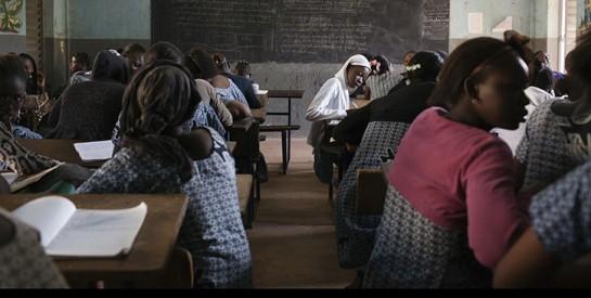 Le «droit de cuissage» à l`école, un fléau en Afrique de l`Ouest