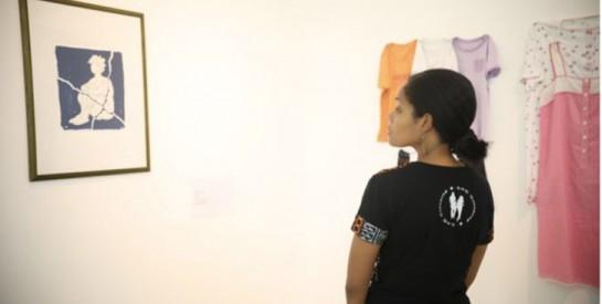 ``T`étais habillée comment ?`` : une exposition contre le viol à Dakar