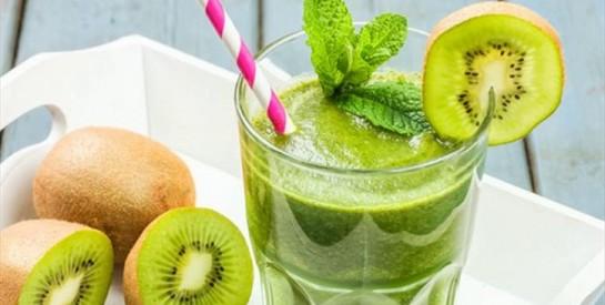 Smoothie au thé vert, kiwis et citron pour maigrir