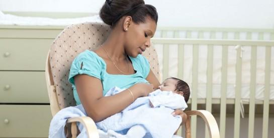 « Mon bébé me mord pendant l'allaitement, que faire ? » : la réponse d'expert