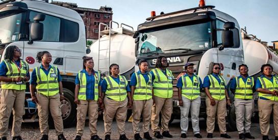 Ces chauffeurs de poids lourds 100% femmes qui circulent sur les routes du Ghana