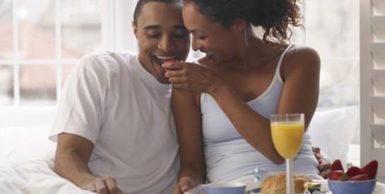 L'aliment que les couples doivent consommer pour faire un bébé plus rapidement