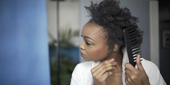 Comment réparer des cheveux très abîmés sans les couper ?