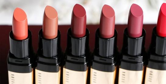 Maquillage : les rouges à lèvres contiendraient des produits chimiques nocifs pour la santé