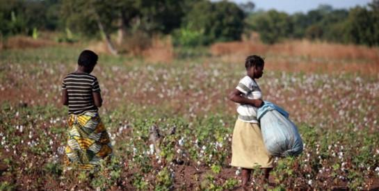 Burkina : campagne contre le mariage précoce desjeunes filles