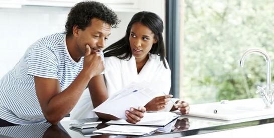 L`argent et l`amour : quand les finances se mêlent aux affaires du couple