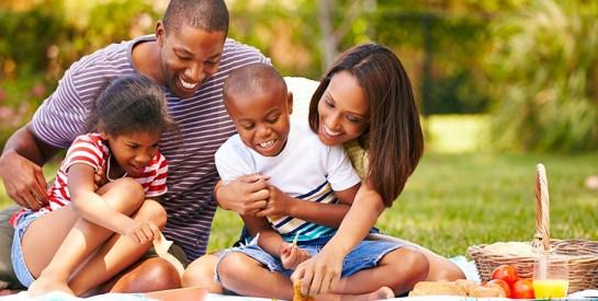 Colonies de vacances : 10 choses à savoir avant d'inscrire son enfant