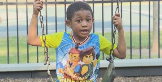 A 5 ans, un petit garçon sauve 13 personnes d`un terrible incendie