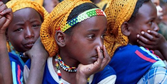 Comment les sociétés secrètes font perdurer la pratique de l`excision en Sierra Leone