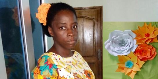 Mme Solange Akafou : sa spécialité, la création et la décoration avec des fleurs géantes en papier