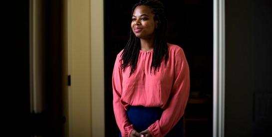L`incroyable histoire de Khadijah Williams, une jeune fille noire SDF qui intègre l`université de Harvard
