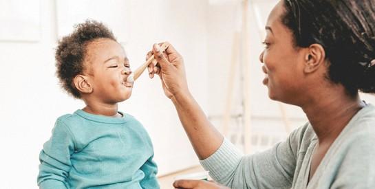 Le miel améliore la croissance des enfants en aidant la fixation du calcium et du magnésium sur les os