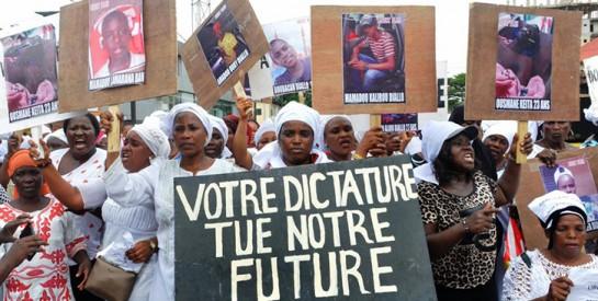 Guinée : plusieurs centaines de femmes défilent à l'appel du FNDC
