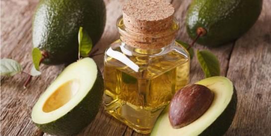 L`huile d'avocat, un soin contre les signes de l`âge, les cicatrices et les vergetures