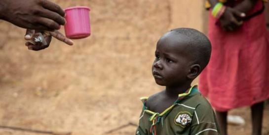 Burkina Faso : la difficile lutte pour sauver les enfants du paludisme