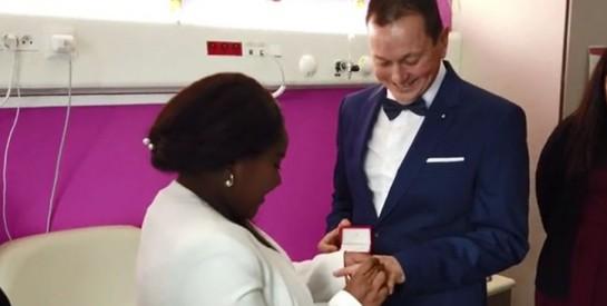 Enceinte et ne pouvant quitter l'hôpital le jour de son mariage, l'union célébrée à la maternité