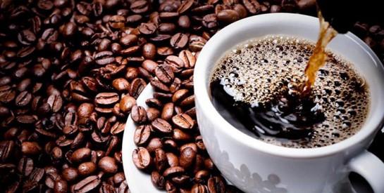 Café, thé : ils réduiraient les effets néfastes du gras et du sucre!