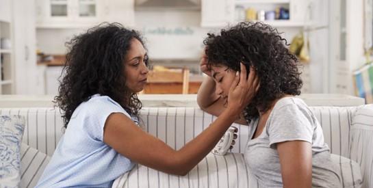 Comment gérer au mieux la crise d`adolescence de votre enfant?