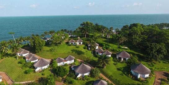 La Baie des Sirènes : un cadre idyllique et paradisiaque pour les férus de romance  pour la Saint Valentin!