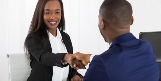 Recherche d`emploi: faut-il dire qu`on est maman?
