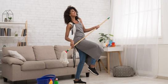 ``Le métier de femme de ménage est un peu comme la prostitution. Il est facile d`y entrer, mais beaucoup plus difficile d`en sortir``