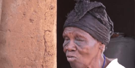 Ghana : Le plus grand rêve de cette vieille femme, dormir sur un matelas avant de mourir