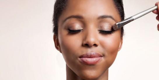 Peau mixte ou grasse: conseils de pro pour un maquillage simple et parfait