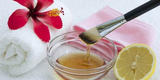 7 ingrédients naturels pour traiter l`acné efficacement