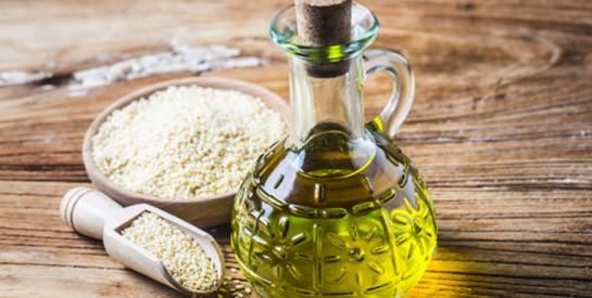 L`huile de sésame: remède magique pour les cheveux