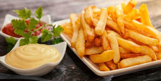 Astuce pour obtenir des frites bien croustillantes avec le vinaigre de cidre