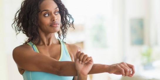 5 étirements au top pour soulager les tensions dans les épaules