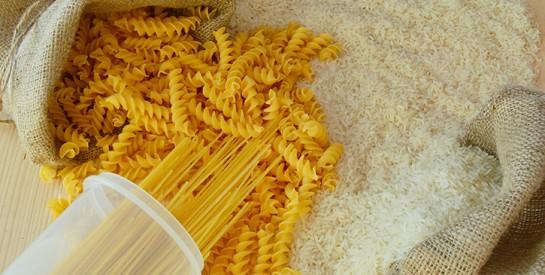 Riz ou pâtes : lequel de ces aliments est le moins calorique ?