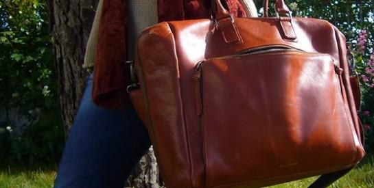 Comment assortir vos sacs à mains avec les vêtements?