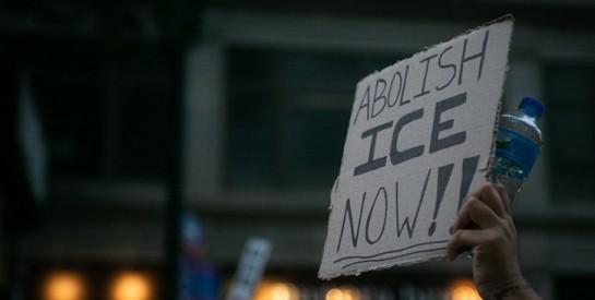 Migrants: Aux États-Unis, des ablations de l'utérus abusives dans des camps de rétention?