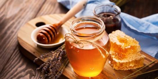 Qui peut risquer la mort en consommant du miel? Une nutritionniste répond