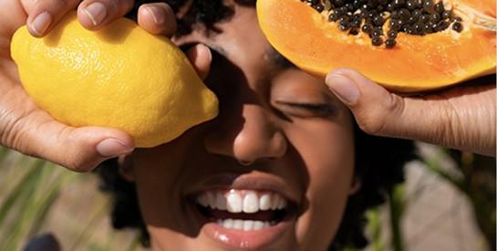 Peeling aux acides de fruits : faites peau neuve !