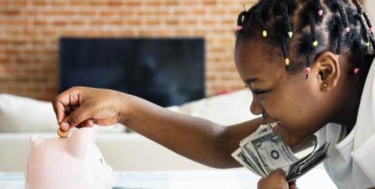 10 façons d'apprendre à vos enfants la valeur de l'argent